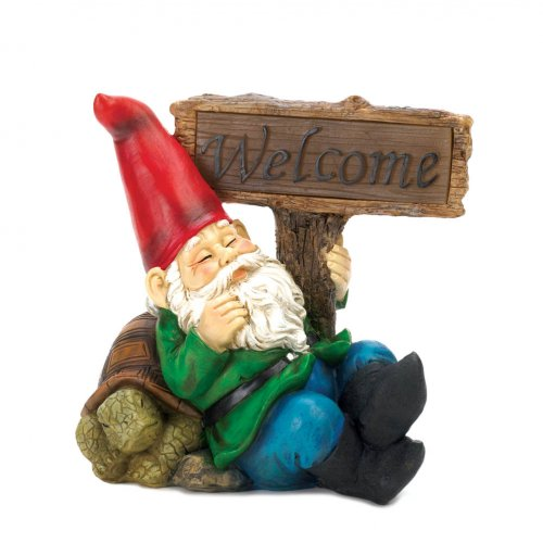 Welcome Gnome Solar Light Statue